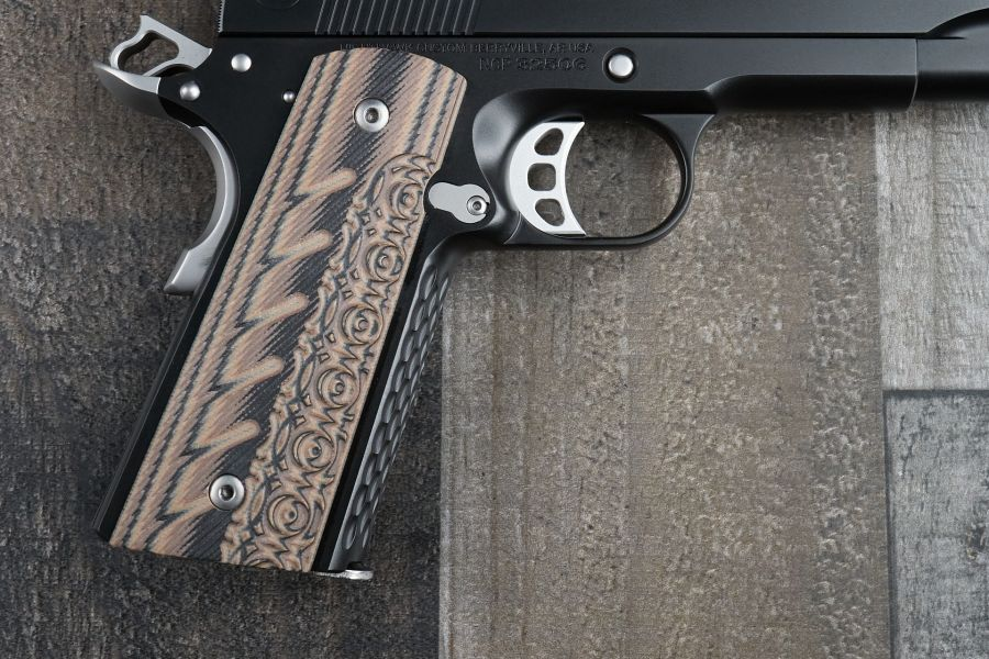 1911 Grips, Aztec/320, Hyena Brown, G10, Thin, Government/Commander