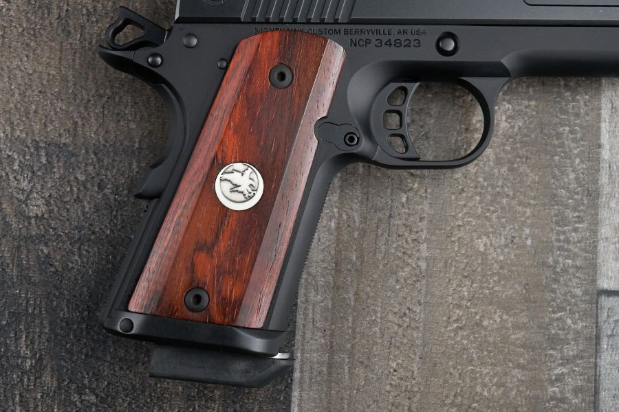 1911 Grips, Thin, Cocobolo Medallion, Exclusively for Counselor
